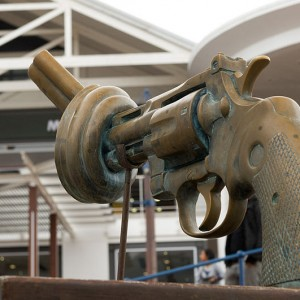 The sculpture of the Knotted Gun at the V & A Waterfront, Cape Town - Photo by Kirsten Wilkens
